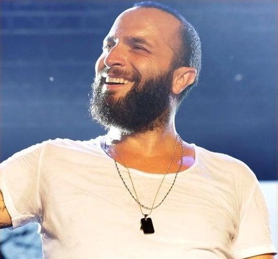 دانلود آهنگ ترکی Berkay به نام Aşktan Fazla
