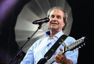 Download New Music By Chris de Burgh – A Woman's Heart